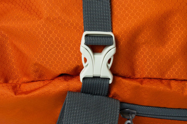 Explorer Duffle Medium Quick Release Buckle